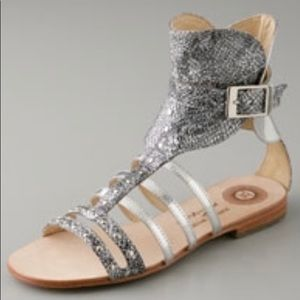 Gladiator sandals in metallic mixed leathers